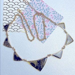 ⚜️Je❤️Vintage ⚜️ animal skin design necklace